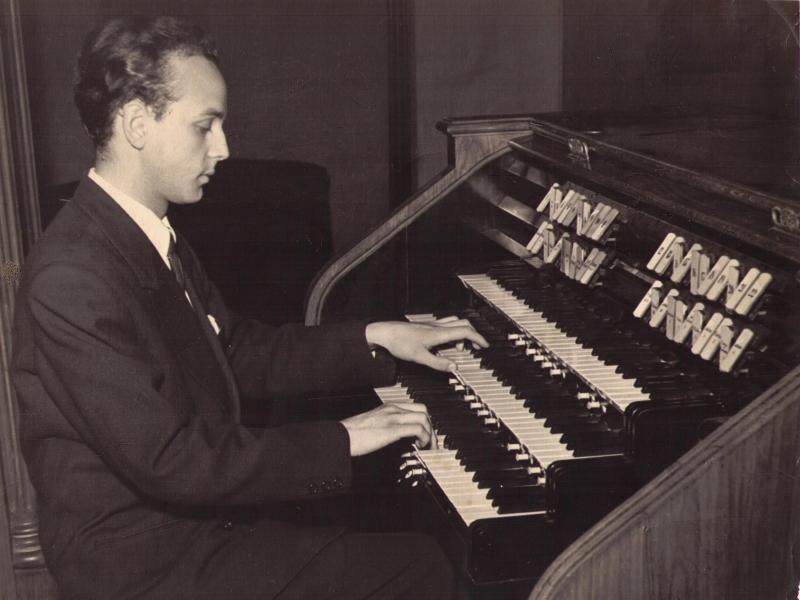 Victor Organ